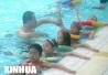 聊城:政府买单在中小学普及游泳课