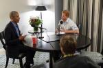 奥巴马卸任后首次专访:当权者应谨慎使用社交媒体