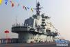 中国双航母首次同框:辽宁号与国产航母相聚大连