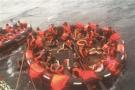 江苏游客普吉惊魂:倾覆的游船就在我们后方