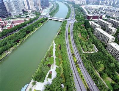 龙湖外环路沿昆丽河水系廊道