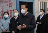 河南荥阳:党员干部冲在前 打响防控阻击战