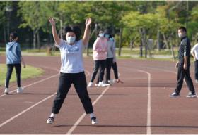 孩子体育课猝死敲警钟 锻炼健身要不要戴口罩?