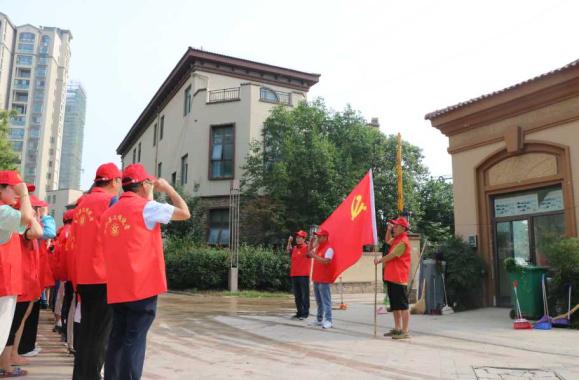 """河南鲁山:小区成立党支部 业主有了""""主心骨"""""""
