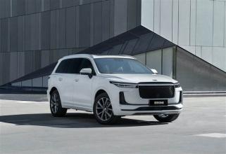 富士康推出開源電動車平臺;理想10個月交付超2萬輛
