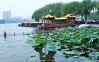 游客:济南的交通太堵,景区商品价高质量差!