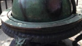 游客爱伸手 紫金山天文台百年文物天球仪脸都变色了