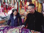 台州1家族四代做戏服 曾经一件手工龙袍抵得上好几间房(图)