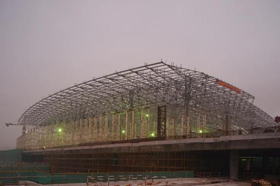 格力地产承建的珠港澳大桥项目配套2.6万㎡珠海口岸旅检大楼在建图