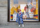 全球品牌大使GIGI HADID前往阿姆斯特丹 庆贺2017春季TOMMY X GIGI系列