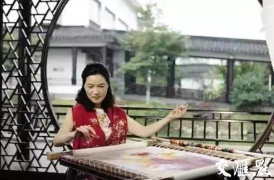 刺绣大师姚建萍