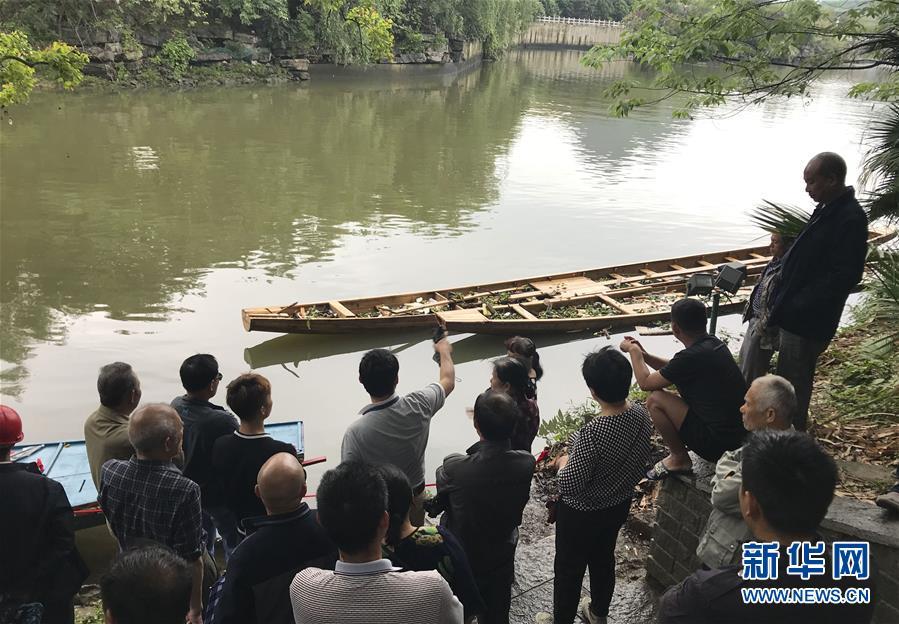 桂林龙舟翻舟17人亡