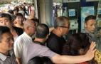 西安市民排队购气