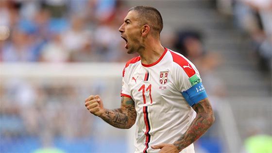 科拉罗夫任意球破门 塞尔维亚1-0哥斯达黎加