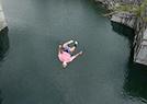 34米高悬崖跳水