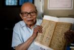 图片故事|书香人生:九旬老人和他的老字号书店