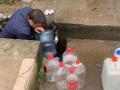 桐庐网红山泉菌落总数检测超标7倍,有市民奔波几十里来取水
