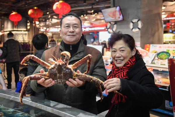 """市场获得""""春节大礼包"""" 满足消费者对品质消费需求"""