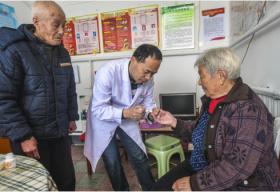 到2020年 中国全面实现贫困人口基本医疗有保障