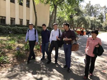 美加出访团抵达加州理工学院。(图片来源:南京侨商会)
