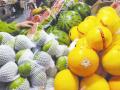 春季水果上市价格比往年略高 不少市民浅尝辄止
