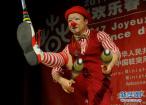 中国湖南艺术团在突尼斯为民众演出