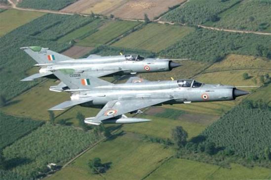 印度用自家飞机残骸伪装成被击落的巴基斯坦战机