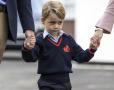 乔治小王子上学了!