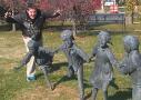雕塑:我也很无奈啊