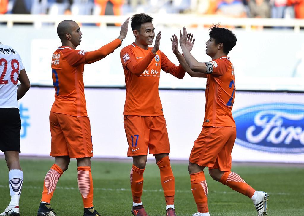 中超:鲁能对阵河北华夏幸福