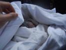 睡觉被子裹得太严 常州一9个月大的婴儿被闷死