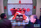 备年货赏年俗:春节气氛渐浓(组图)