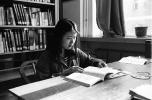 吉林大学毕业失聪女孩靠读唇语考上清华博士