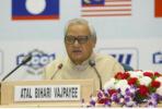 """诗人总理瓦杰帕伊去世:诗中期盼和平,印度的""""核武之父"""""""