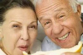 老年人口腔保健的七大误区