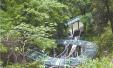天台小山村建起全国首个九曲玻璃水滑道