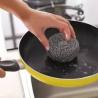 还在用钢丝球刷锅么?一个废弃饮料瓶,完胜钢丝球