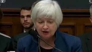 耶伦:美联储坚持逐步加息计划
