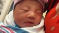 美华裔警官刘文健妻子诞下女儿 家人:有了新希望