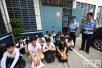 河北大学生在湖北陷传销组织 警方端7个窝点救人