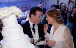 末代国王的孙子网上征婚十二年,终于娶到了...