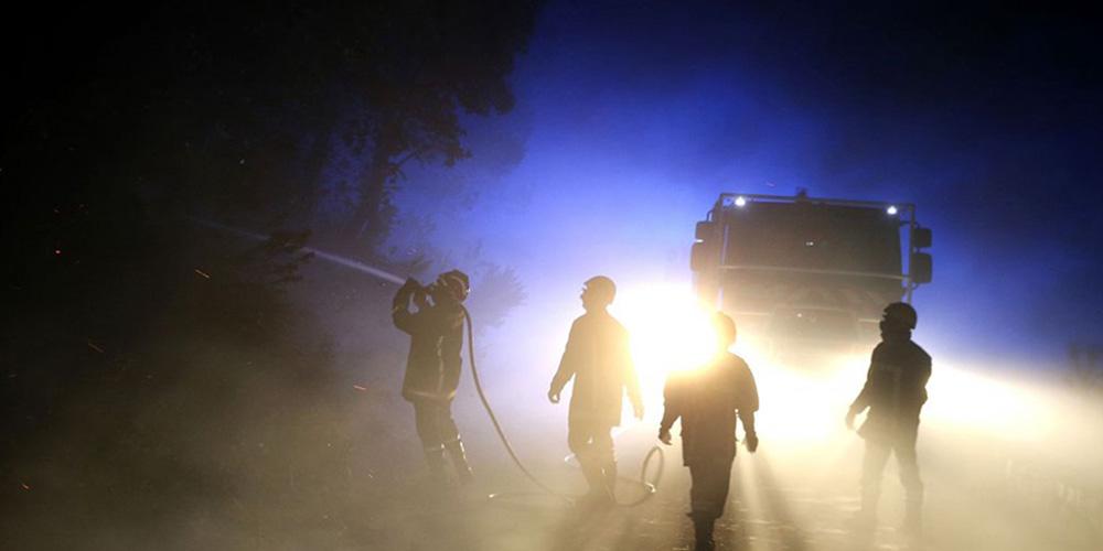 法属科西嘉岛发生火灾 强风助长火势致过火面积达500公顷