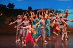 中国艺术团访朝演出获热情点赞:场馆座无虚席 许多年轻观众跳着鼓掌