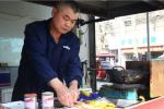 杭州男子靠卖鸡腿和肉串 在余杭盖了一幢别墅