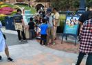迪士尼偶遇黄圣依