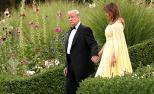 特朗普夫妇首次访英盛装赴宴