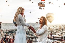 壯觀!澳攝影師求婚 百隻熱氣球升空