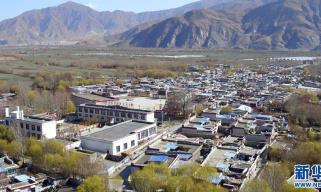 """""""从内心感恩党""""——""""西藏民主改革第一村""""见闻"""