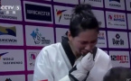 """中国选手冠军被""""偷""""走痛哭 英国方面却斥其""""无礼"""""""