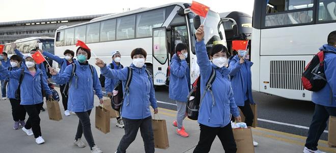英雄回家:山东援鄂医疗队首批返鲁人员凯旋